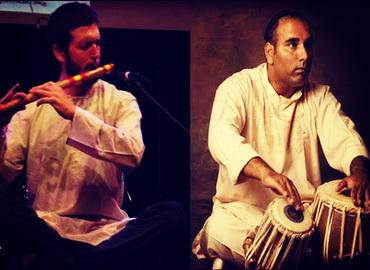 קונצרט מוסיקה הודית - בנסורי (חליל הודי) וטאבלה (תוף)