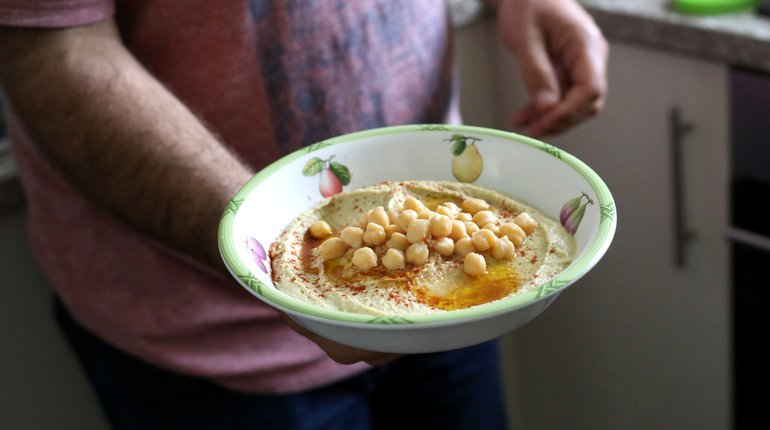 Learn the Secret of How to Make (THE BEST) Hummus