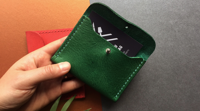 Make Your Own Leather Purse with Fashion Designer