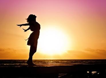מיתוסים על אושר-ההרצאה שתעשה לכם סדר בקלישאות