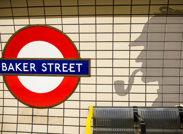 Deduction: A Sherlock Holmes Murder Mystery Clue Hunt