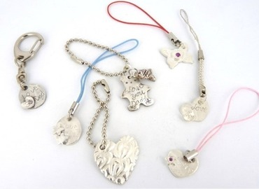 Mould Your Own Silver Pendant/Charm using Silver Clay