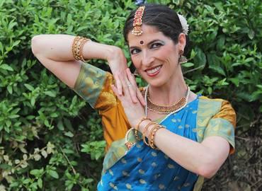 בחזרה לדרום הודו - הופעת מחול וארוחה הודית צמחונית