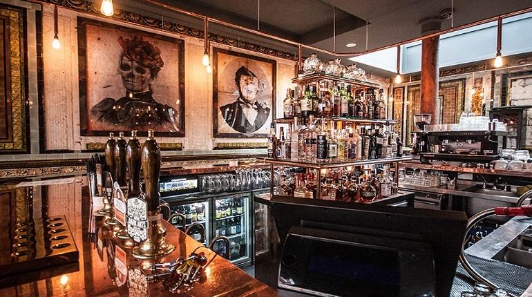 Historical East End Pub Tour
