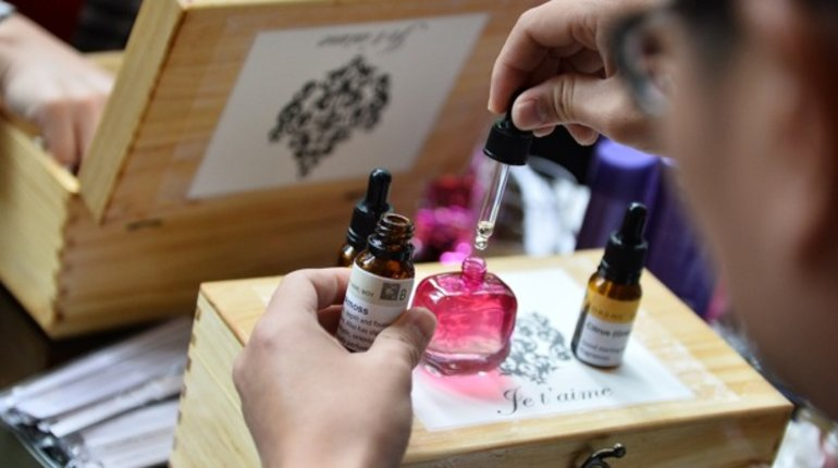 Make Your Own Signature Scent
