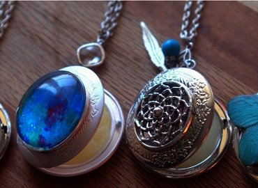 "Craft your own ""Healing in a Locket"""