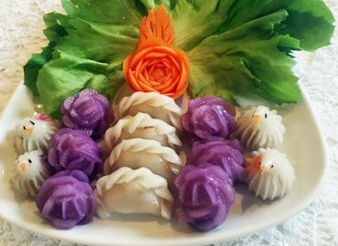 Make Thai Sculpted Royal Dumplings with Chef Poranee