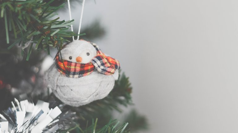 Group Christmas Cards, Decoration & Jumper Making
