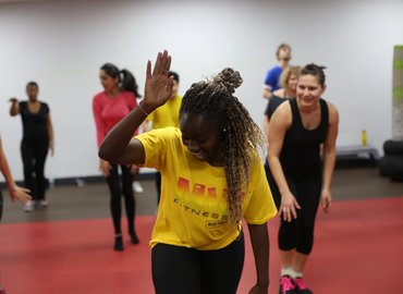 Hendo Party and Groove on Jamaican Dance Class