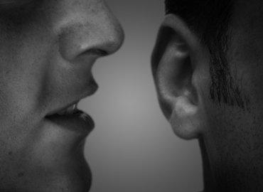 איך תשפרו קשרים עם הקשבה אמיתית ואמפתית?
