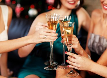 Big Singles Night Out with Welcome Champagne