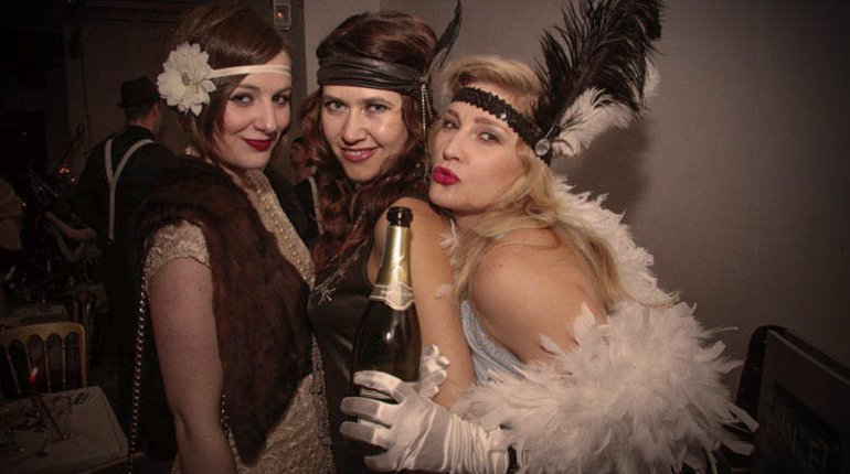 Celebrate Spring at a Candlelight Club 1920s Party