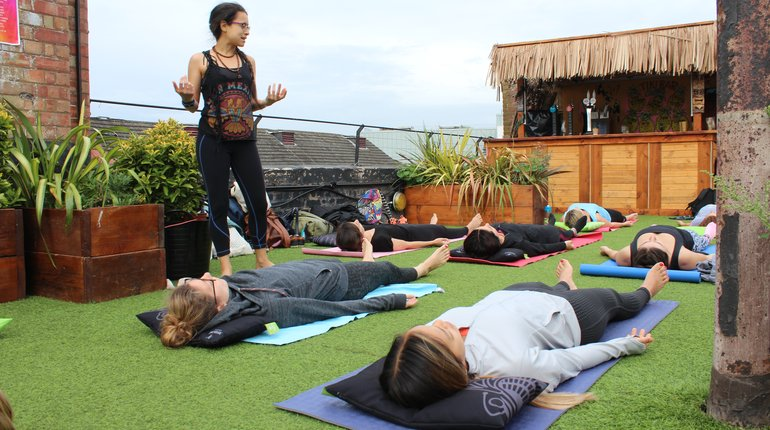 Summer Pop-Up   Morning Yoga at Dalston Roof Park