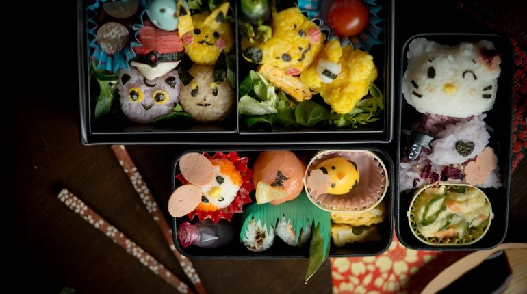 Learn how to make your own Character Bento!