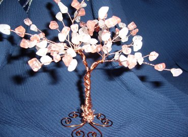 Make a Tree of Life with Healing Gems in Piccadilly