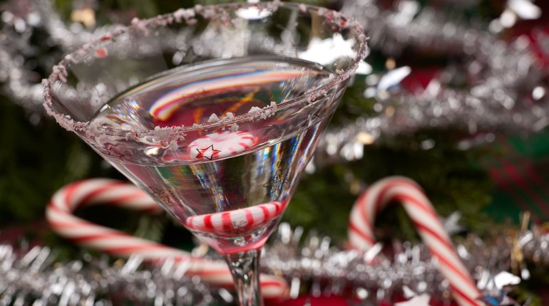 Christmas Cocktail & Candy Making with a Free Drink