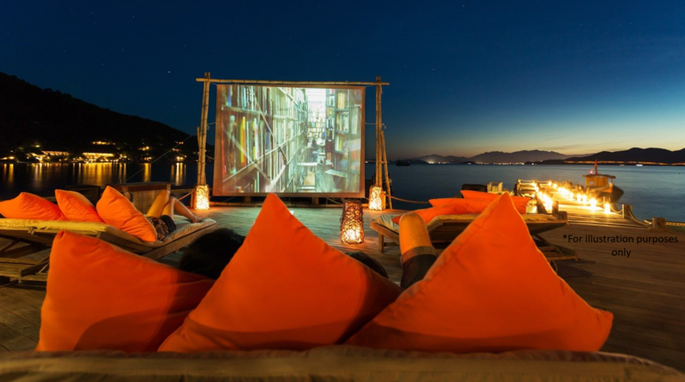 SUNSET Yoga & Movie BY THE OCEAN!